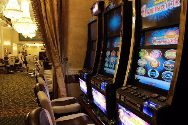 Использование доступа в сеть для заработка на азартных играх