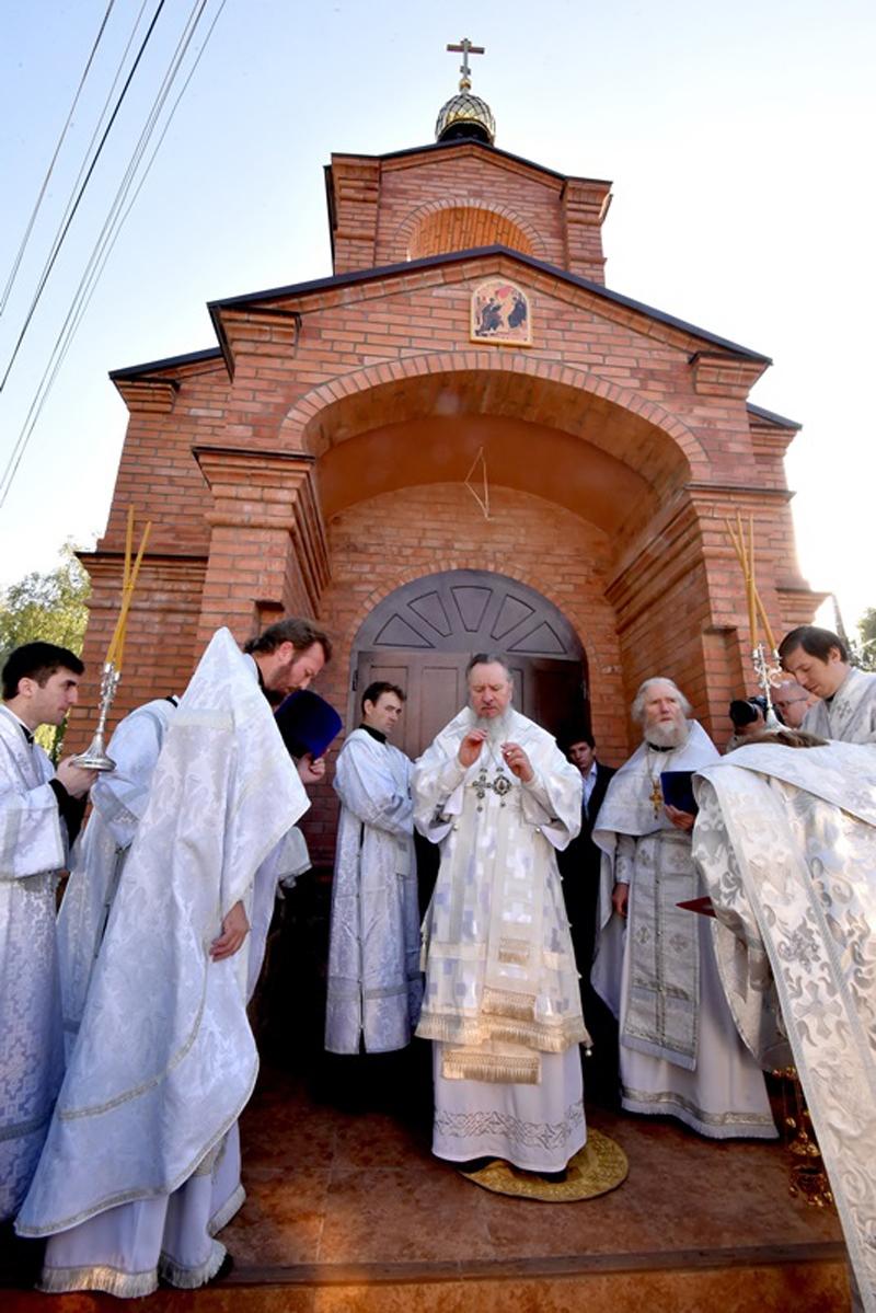 Руководителю брянской «ОПОРЫ» вручена архиерейская грамота за возрождение Благовещенского храма