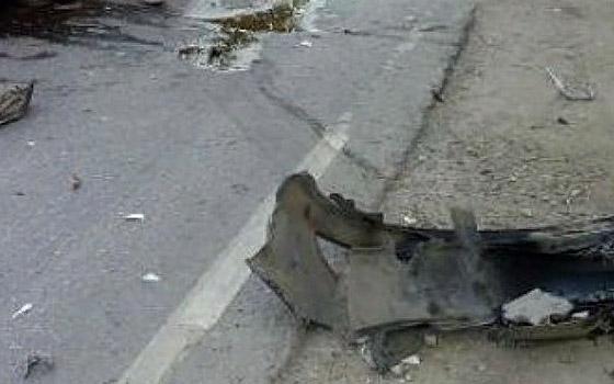 В Навле автомобилистка врезалась в дерево после странных маневров