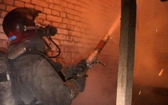 В Большом Полпино почти час тушили загоревшийся дом