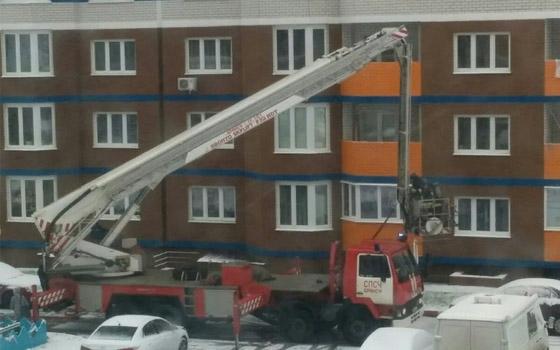В многоэтажке на Комарова в Брянске сгорела квартира