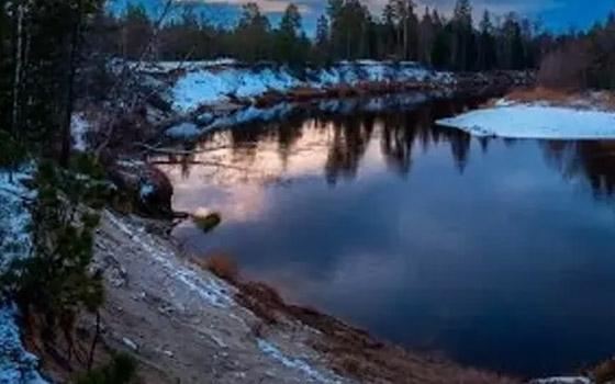 В брянской реке Сев обнаружили тело 49-летнего мужчины