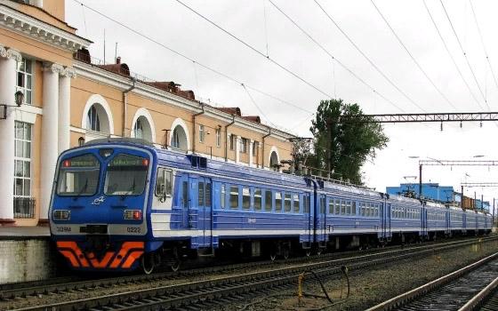 Два пригородных поезда Брянск – Комаричи временно отменили