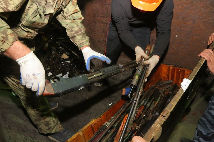 В Старом Осколе переплавили четыре тонны стрелкового оружия