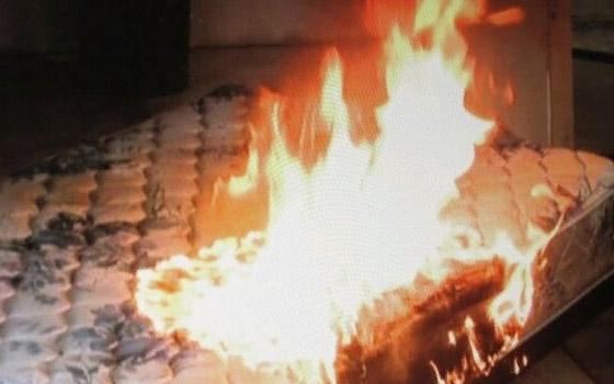 Пенсионер погиб из-за загоревшегося матраса в Брянске