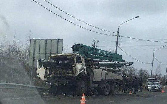 Водитель фуры ранен в ДТП с «КамАЗом» под Брянском