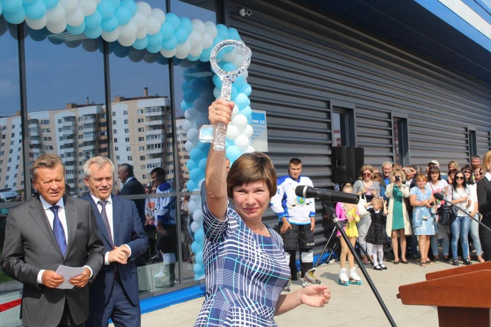 «У большинства госслужащих связаны руки». Бывший белгородский чиновник — о закупках, коррупции и разочаровании