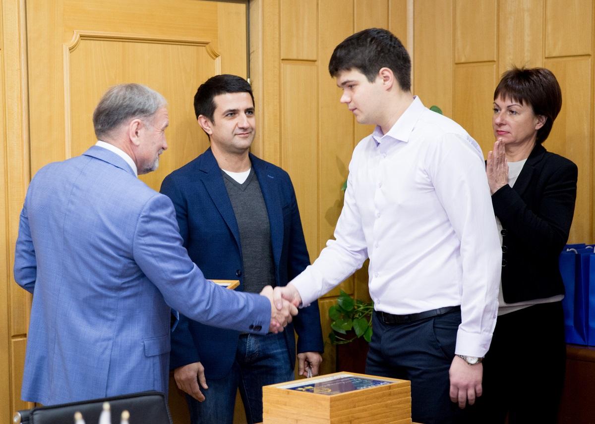 На Стойленском ГОКе выбрали лучших инженеров года*