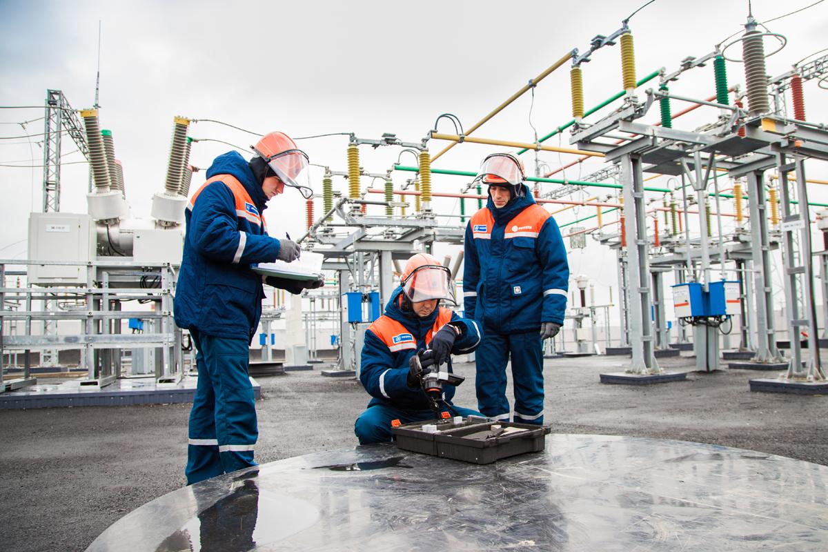 В Ракитянском районе энергетики реконструировали подстанцию «Малиновка»