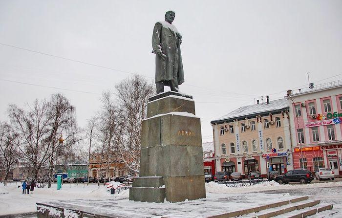 Олег Кувшинников поддержал идею о захоронении Ленина