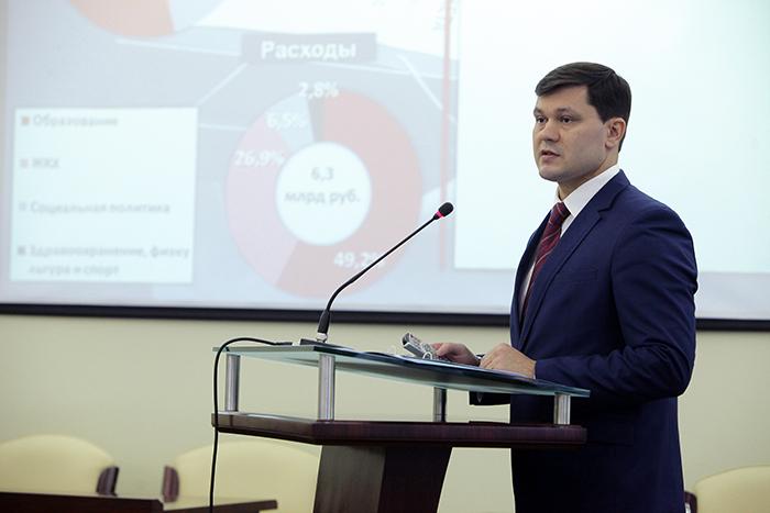 Комиссия рекомендовала депутатам поддержать одного из кандидатов на пост мэра Вологды