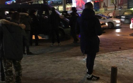 У ТРЦ Тимошковых в Брянске произошла массовая драка подростков – очевидцы