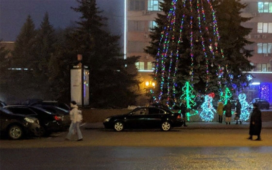 В Брянске водителя оштрафовали за парковку на площади Ленина
